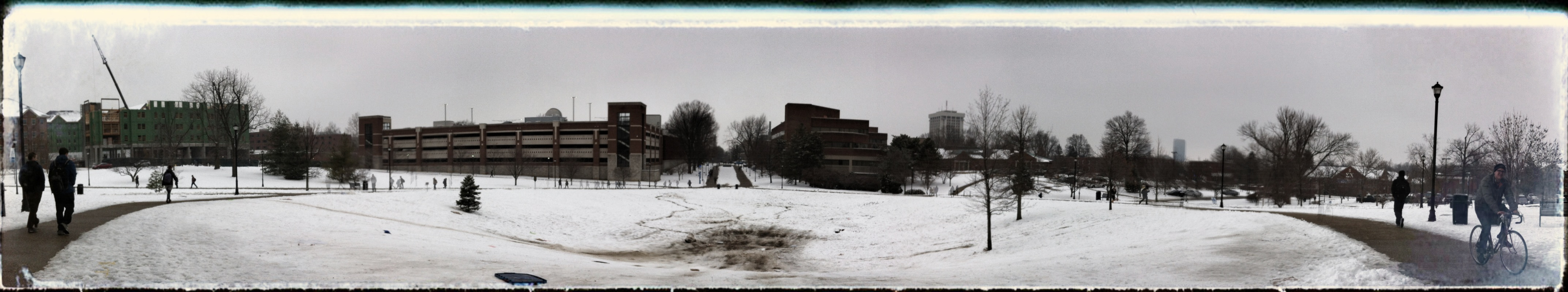 snow bowl (autostitch & snapseed)